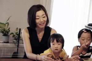 中村美紀さんと子どもたち