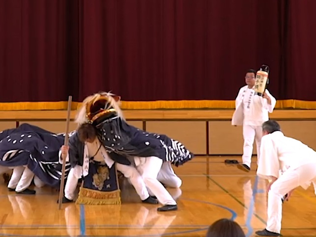 萩生諏訪神社荒獅子祭り(萩生諏訪神社荒獅子祭り保存会)